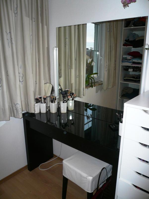 mein ankleidezimmer innenaussen. Black Bedroom Furniture Sets. Home Design Ideas
