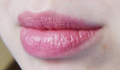 Kryolan-Glossy-Pink-Glossybox-2