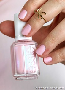 essie-just-stitched-1