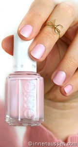 essie-just-stitched-2
