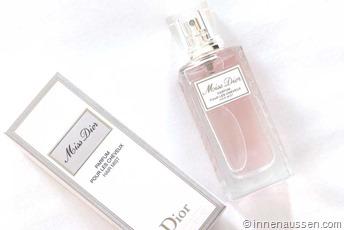 Miss-Dior-Hair-Mist-Innen-Aussen