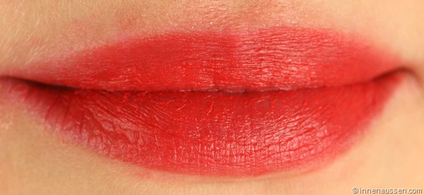 Tragebild-p2-Long-Lasting-Matte-Lipstick-Forever-Cherry-1