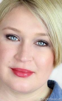 Estee-Lauder-Pure-Color-Lipstick-Blushing-FOTD