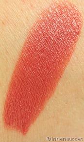 Estee-Lauder-Pure-Color-Lipstick-Blushing-Swatch