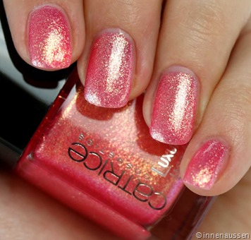 Catrice-Luxury-Lacquer-Liquid-Metal-10-Pink-Rock-Shock Swatch