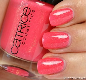 Catrice-Nagellack-90-She-said-yes-in-her-red-dress-Swatch