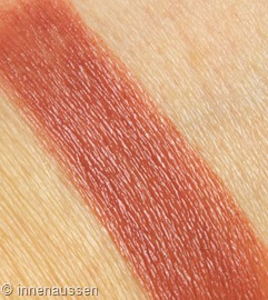 Clarins-Rouge-Eclat-21-Tawny-Rose-Swatch