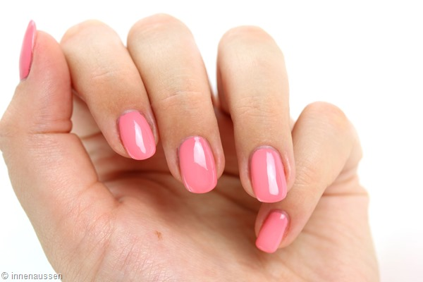 essence-Nagellack-Swatch-Fun-and-the-city