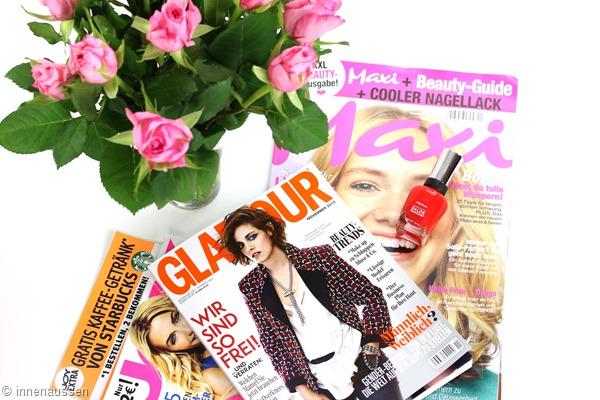 Zeitschriften-mit-Extras-Innen-Aussen