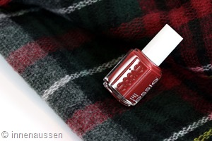 essie-with-the-band-nagellack