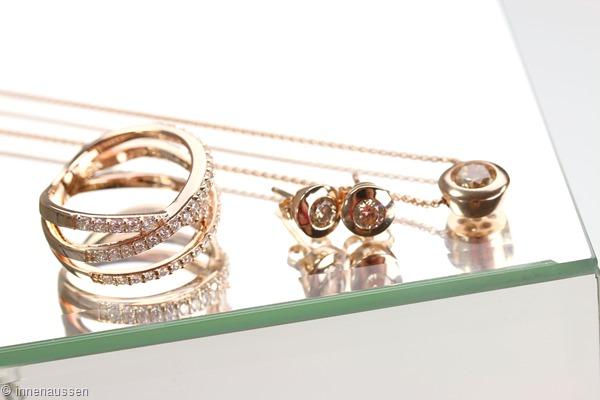 shopping neue accessoires in gold silber innenaussen. Black Bedroom Furniture Sets. Home Design Ideas