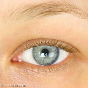 Benefit Tinted Eye Primer Vorher Innen Aussen