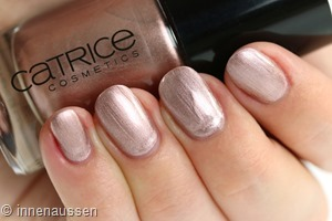 Catrice 105 Go for gold Swatch Innen Aussen