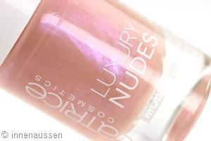 Catrice Luxury Nudes 11 Hidden Forbidden Rose Innen Aussen