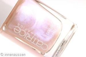 Catrice Luxury Sheers 01 My Way to Milky Way Innen Aussen
