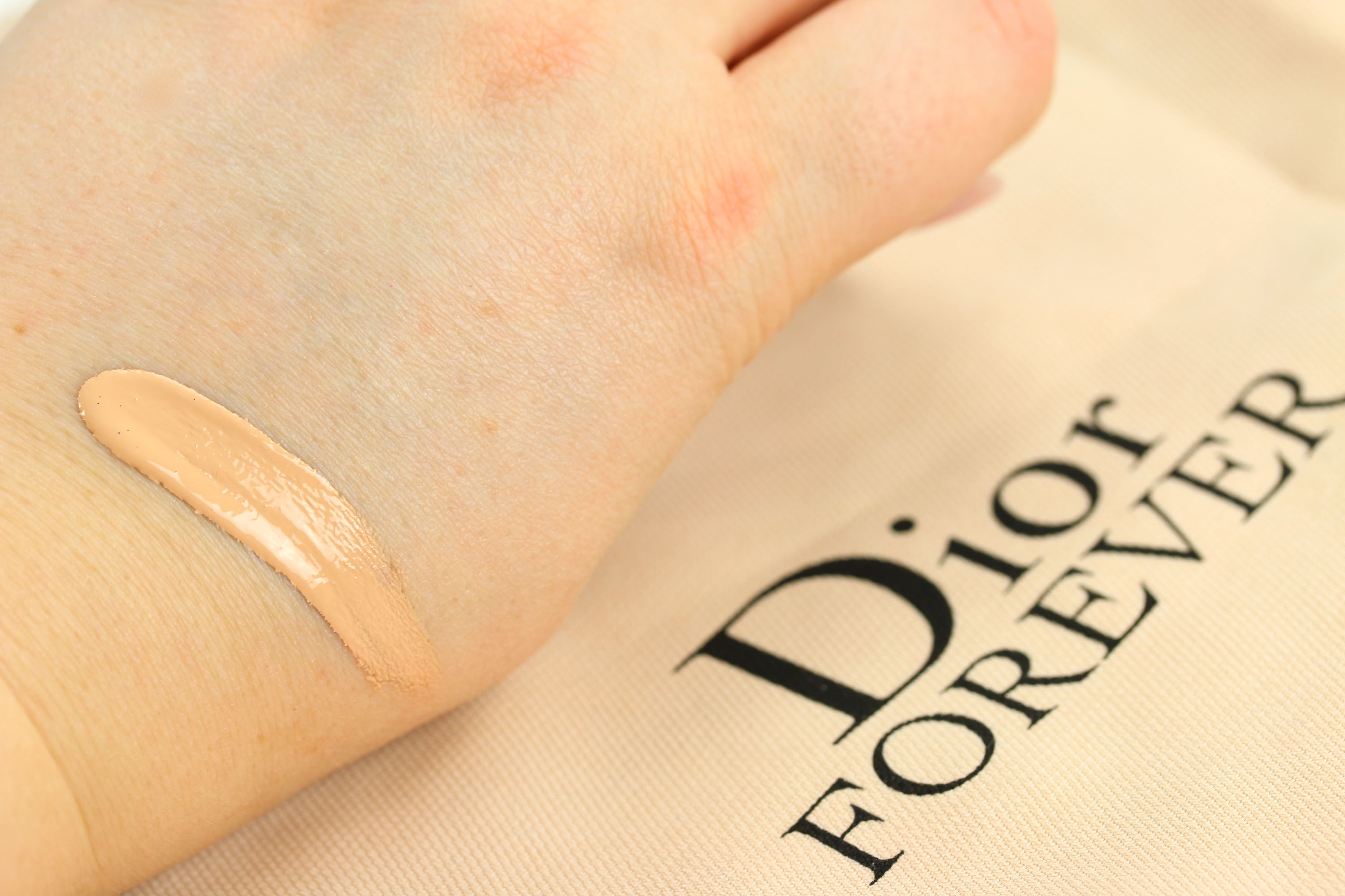 Dior Forever Swatch