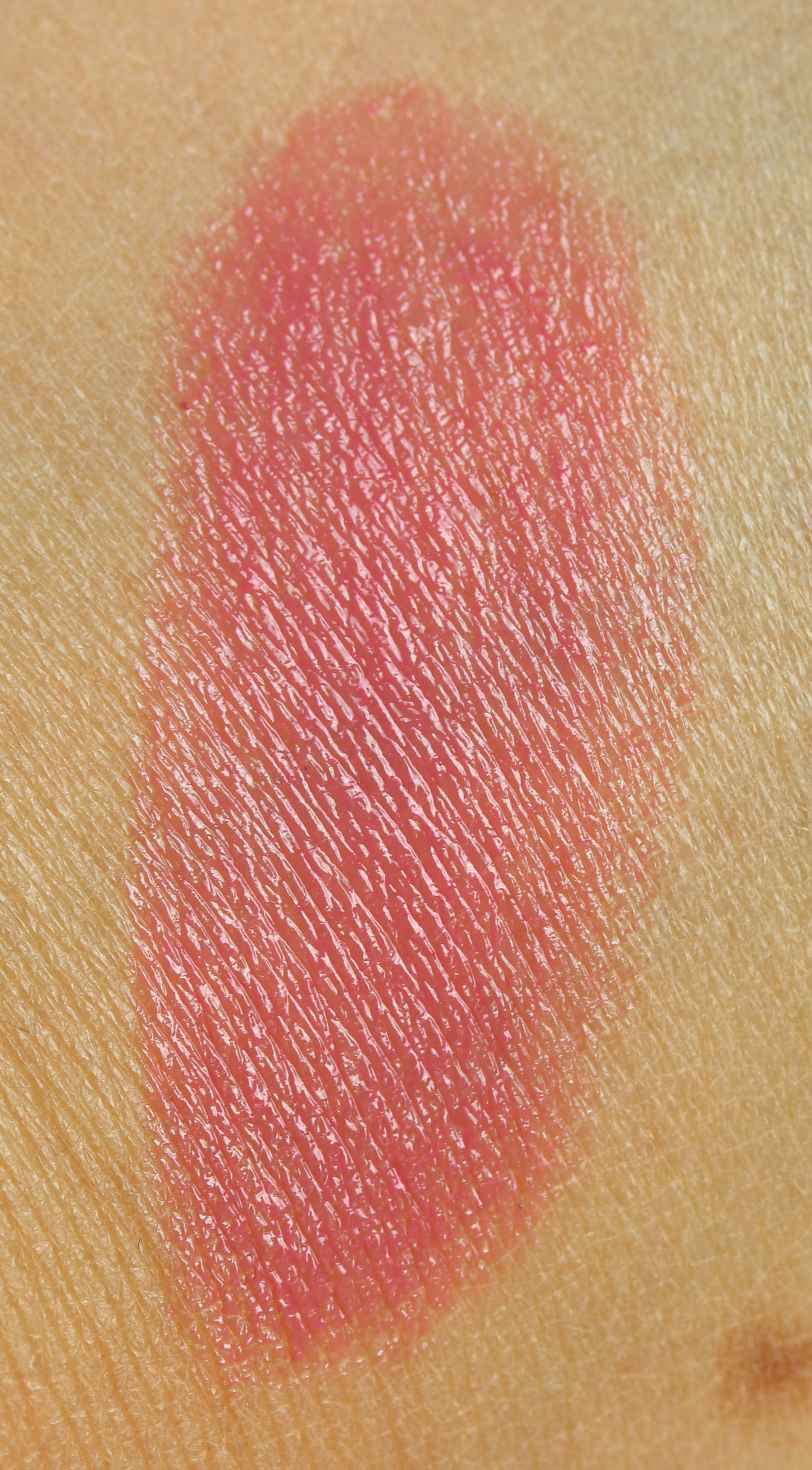 Dior Diorkiss Swatch