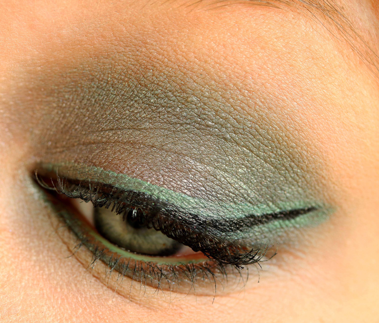 Eyeliner Green InnenAussen