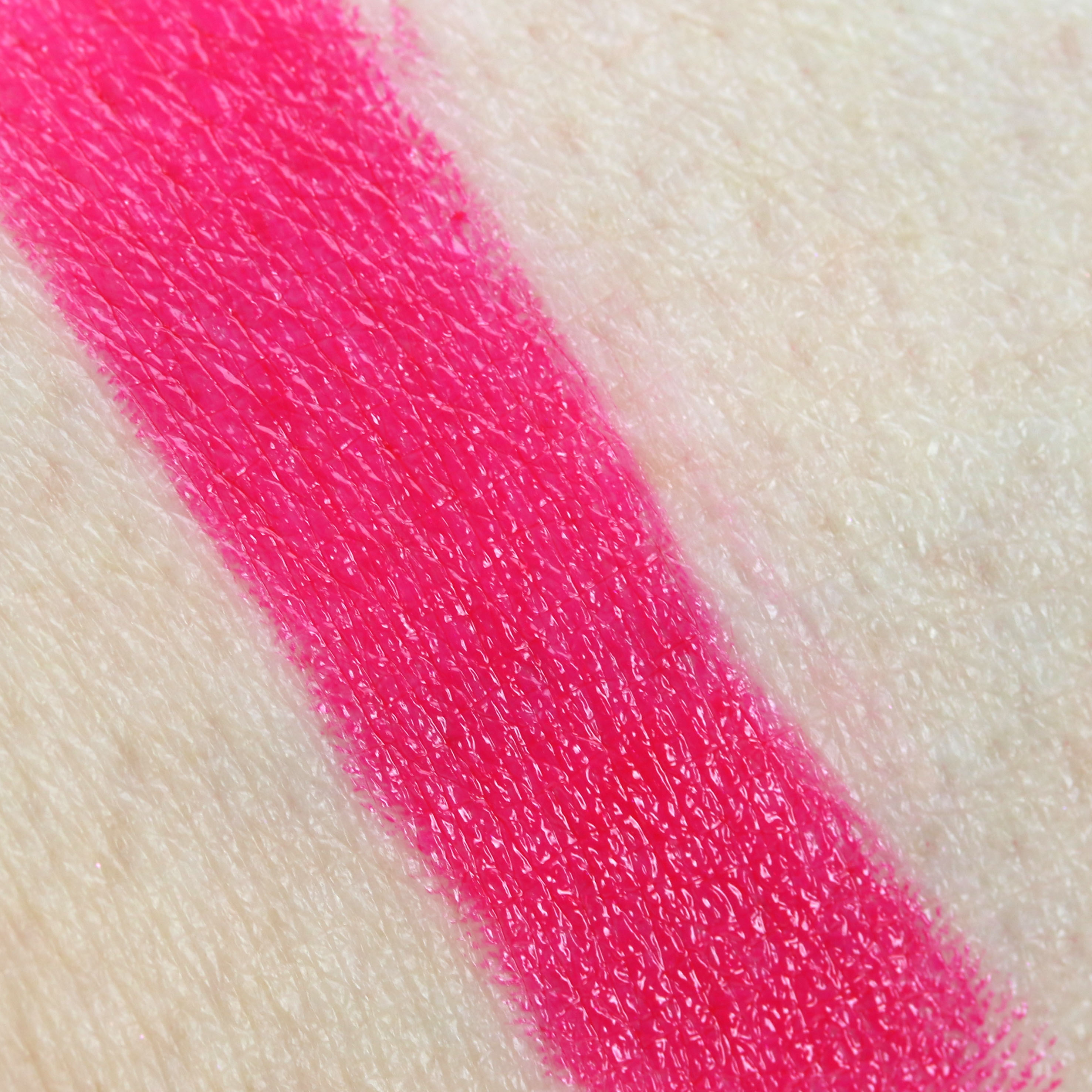Loreal Sexy Balm 202 Adventure Swatch