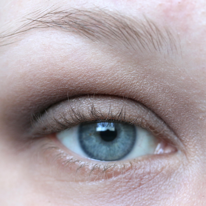 Tutorial Brown Eyeshadow 10