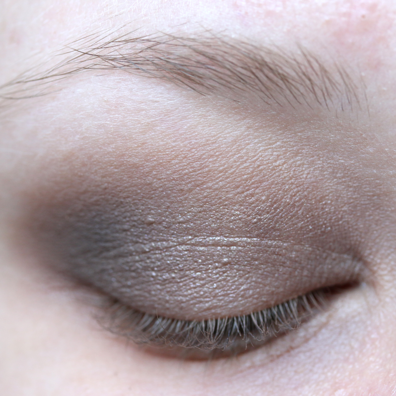 Tutorial Brown Eyeshadow 11