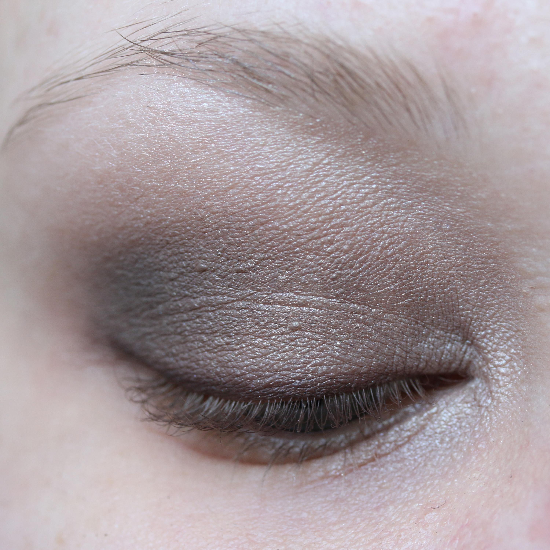 Tutorial Brown Eyeshadow 18