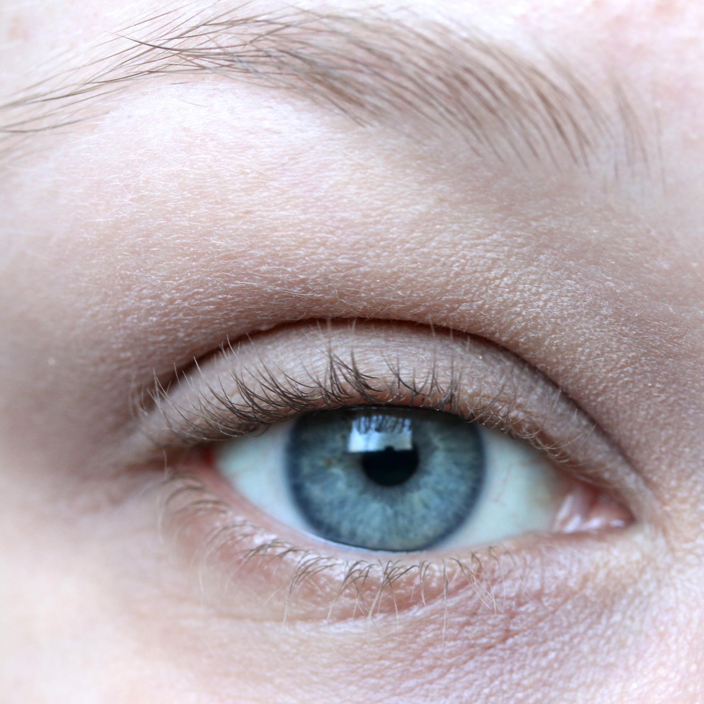 Tutorial Brown Eyeshadow 2