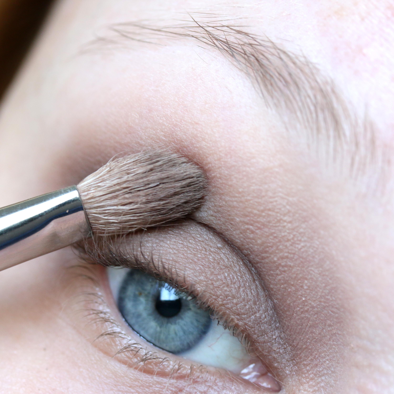 Tutorial Brown Eyeshadow 7