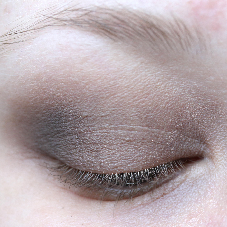Tutorial Brown Eyeshadow 9