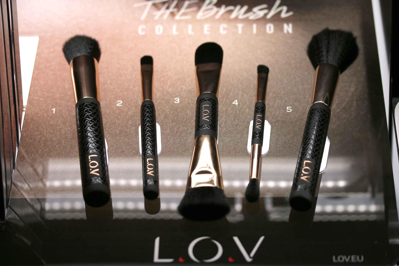 The Brush Collection InnenAussen