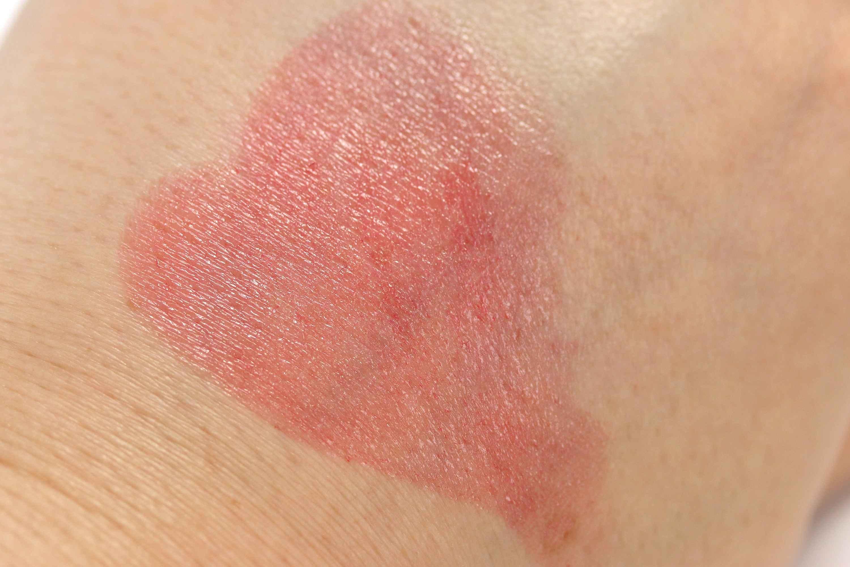 Dior Addict Lipstick 951 Too Much Swatch InnenAussen