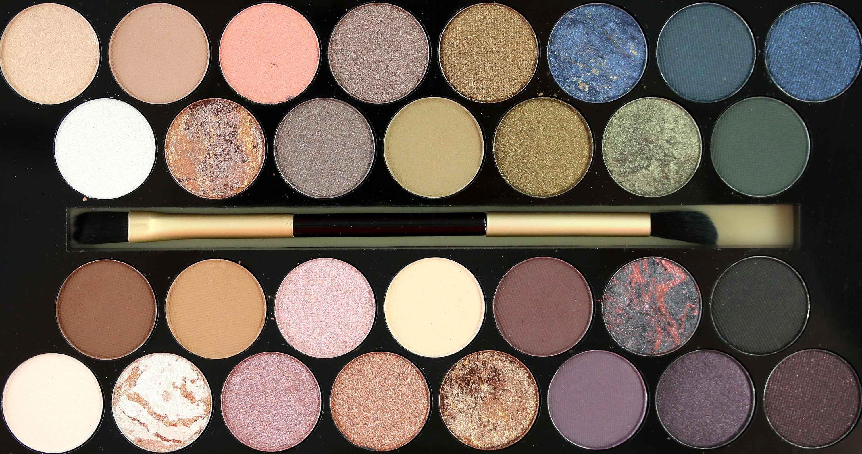 MakeUp Revolution Fortune Favours the Brave Farben InnenAussen