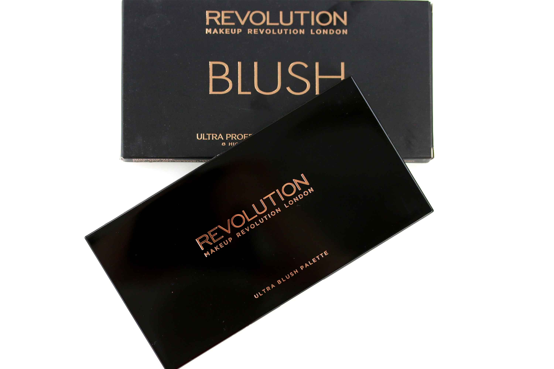 MakeUp Revolution Ultra Blush Palette Hot Spice InnenAussen
