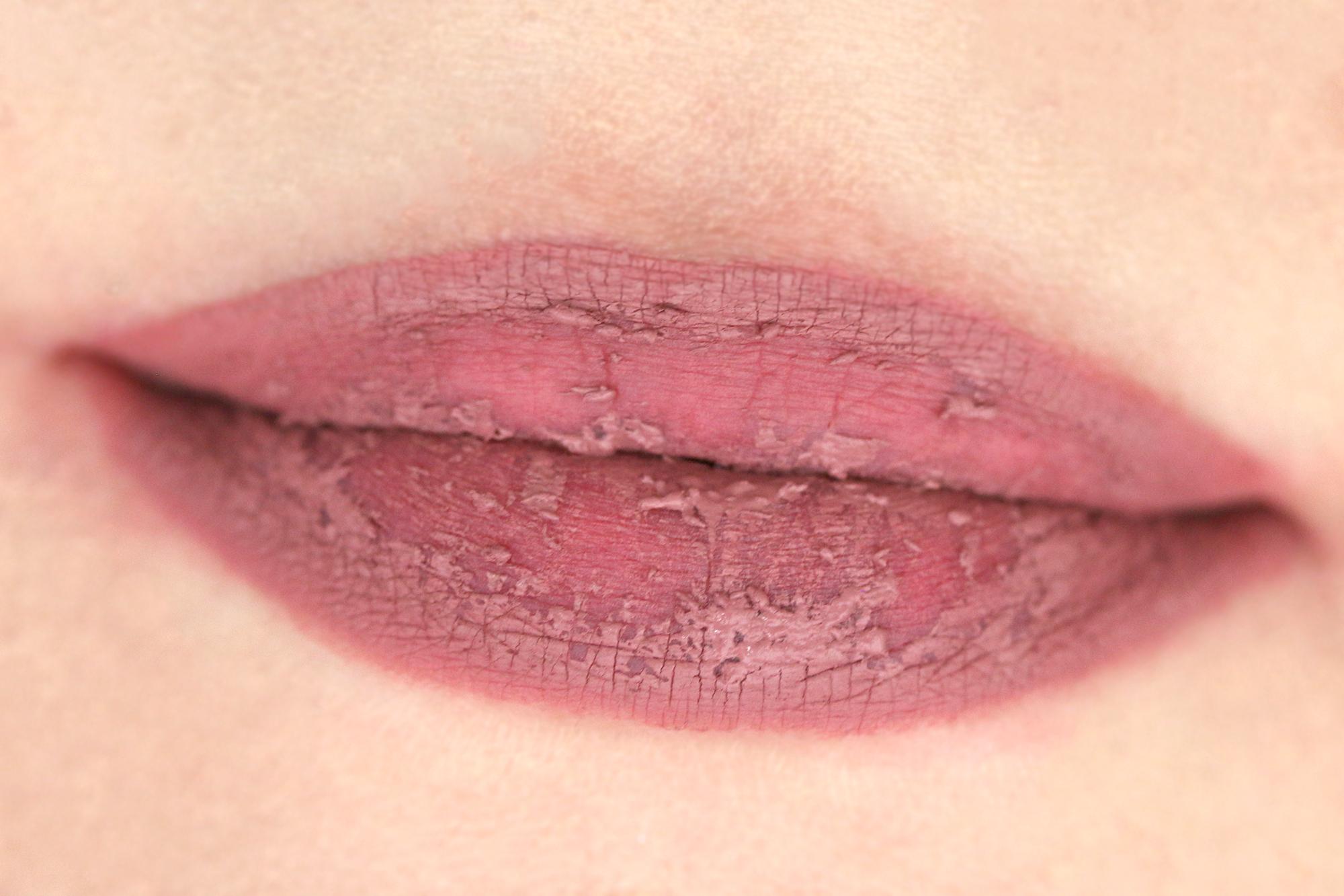 Colourpop Ultra Matte Lips Auftrag
