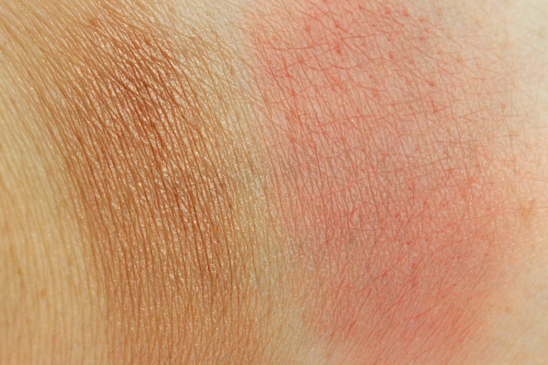 alterra-golden-wish-swatches-rouge