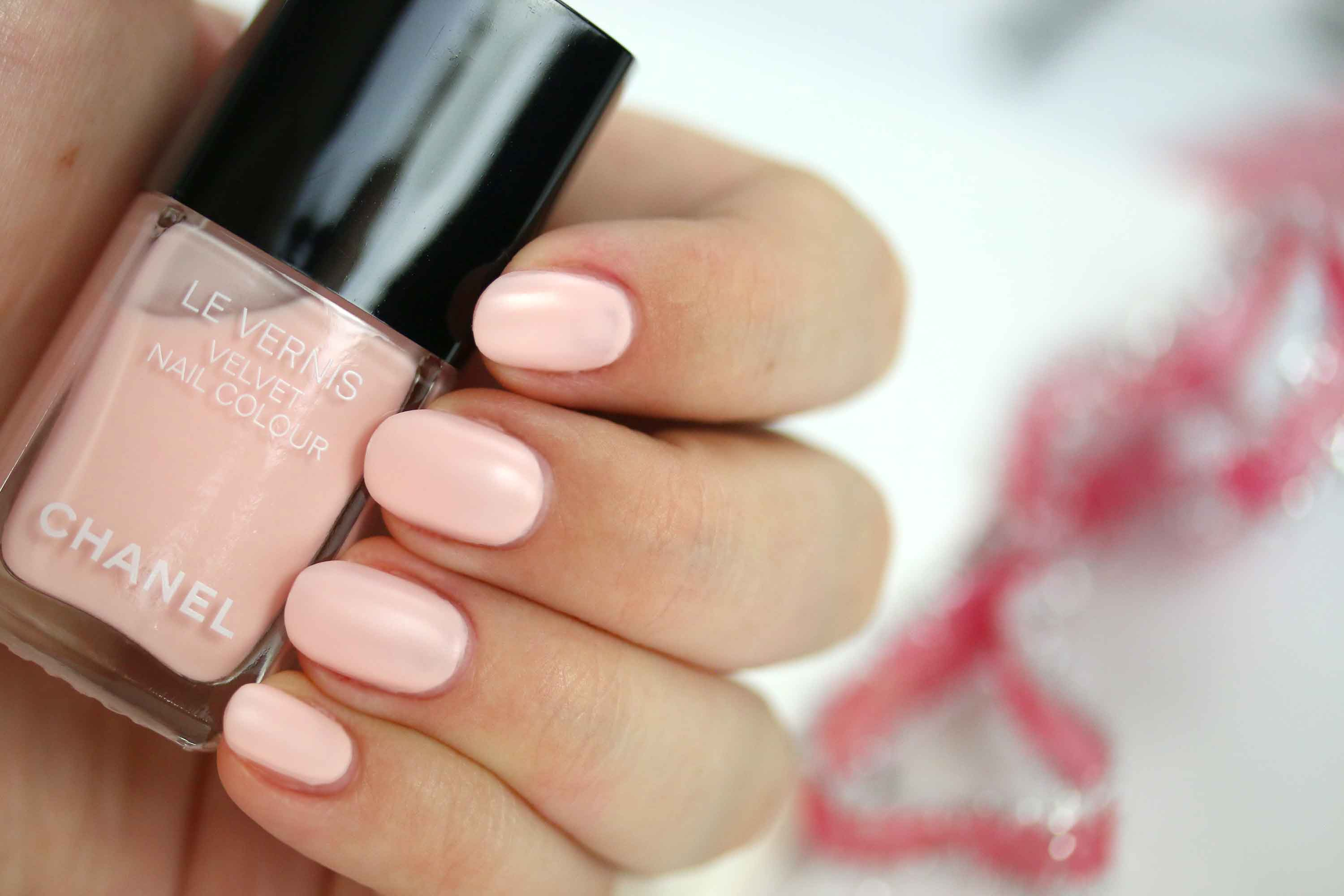 chanel-542-pink-rubber