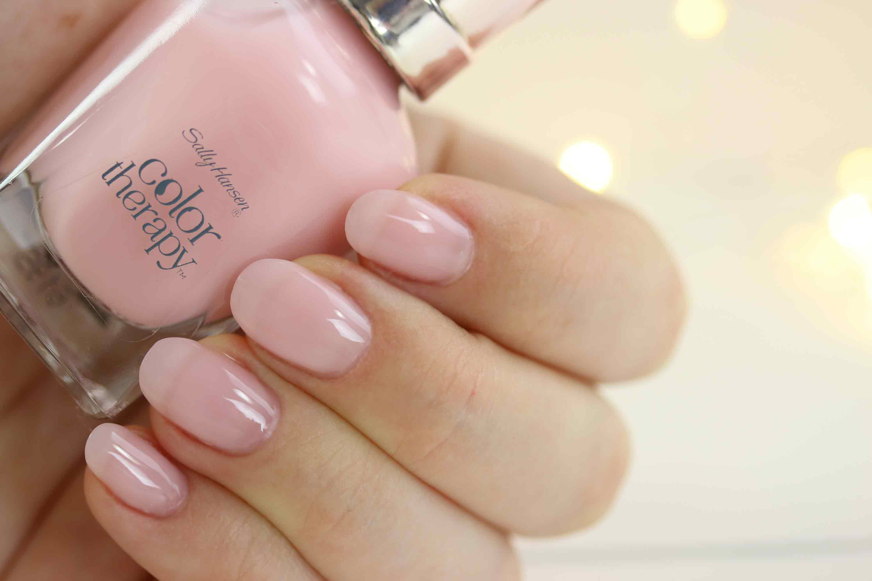 sally-hansen-color-therapy-220-rosy-quartz