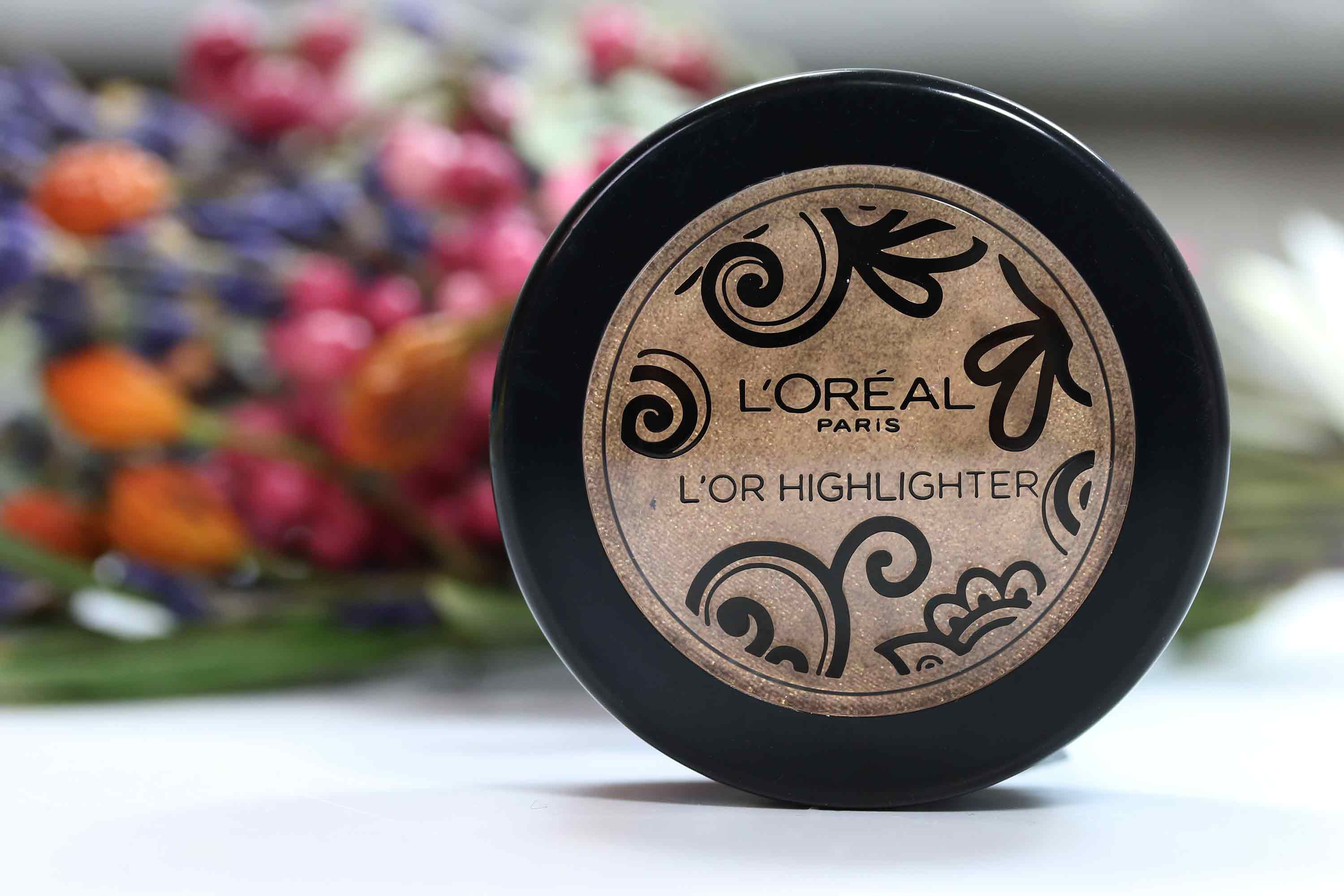 Loreal L'Or Puder Highlighter