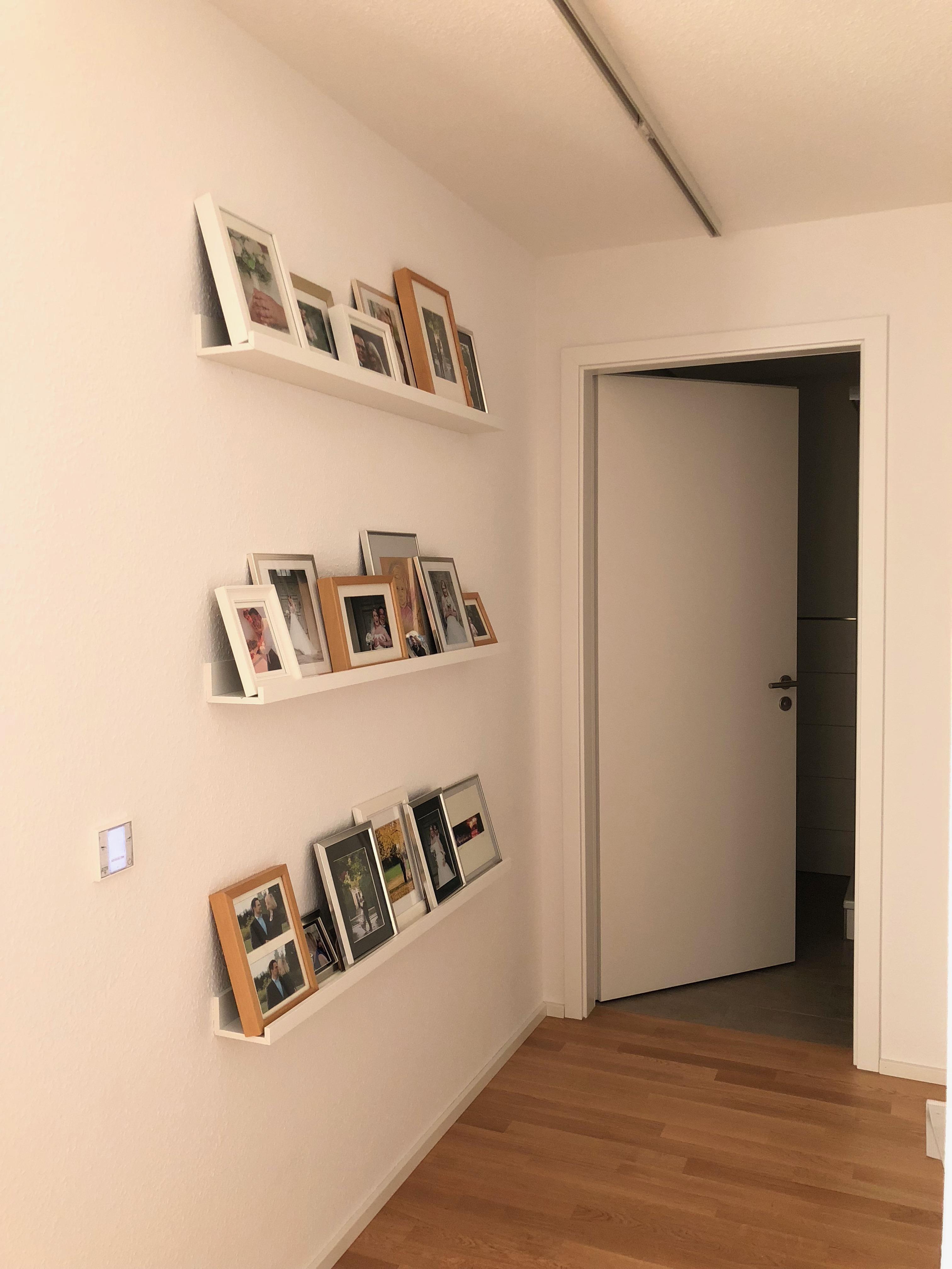 ikea bilderleiste schlafzimmer schlafzimmer abverkauf bettw sche f r den winter bedrucken. Black Bedroom Furniture Sets. Home Design Ideas