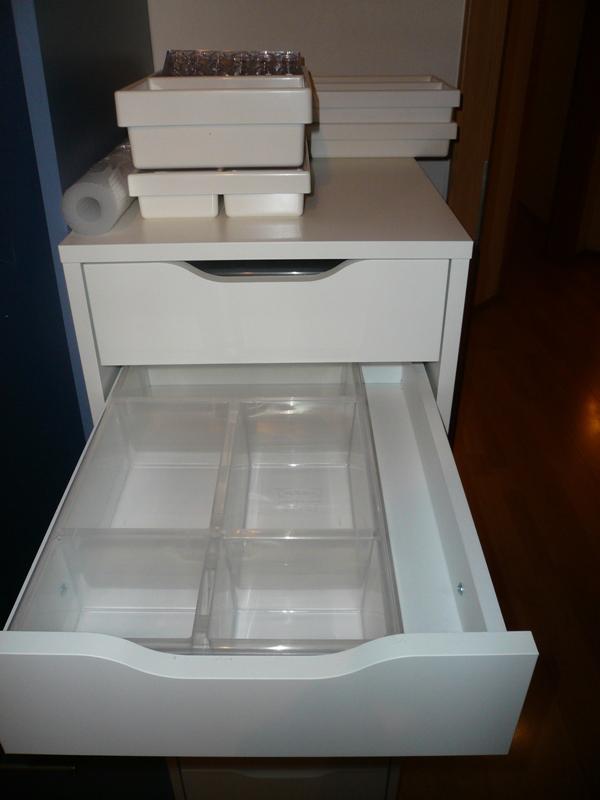 neuer bloggerarbeitsplatz ikea alex eins tze hilfe ben tigt innenaussen. Black Bedroom Furniture Sets. Home Design Ideas